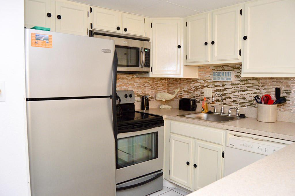 Constellation House North 102 - Kitchen
