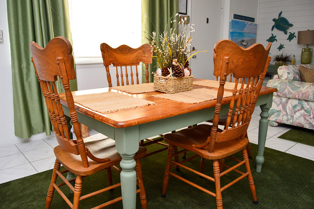 Constellation House N 102 - Dining Area