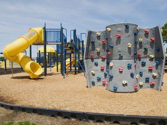 Northside Park Playground (7 blocks away)