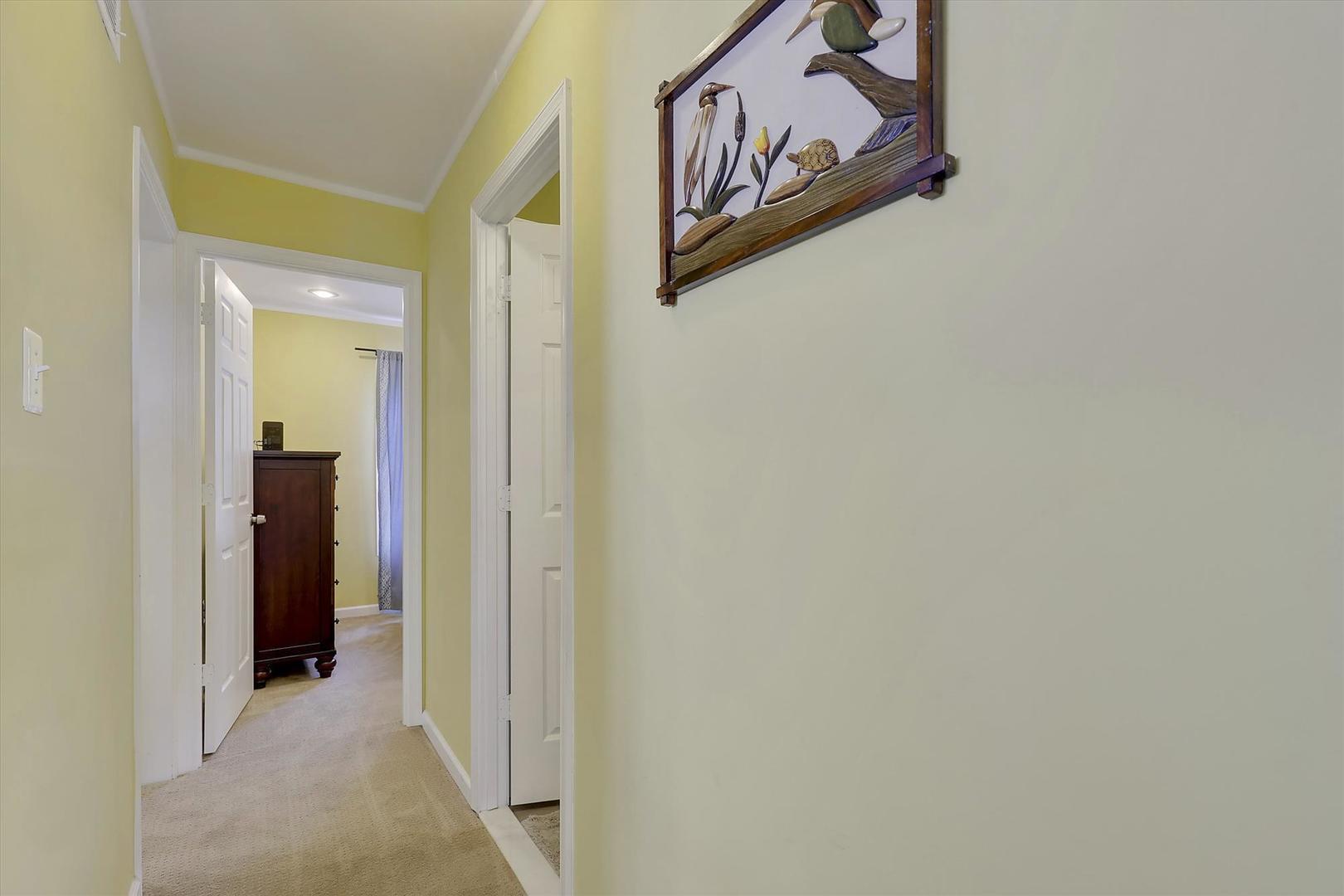 Balmoral 107C - Hallway