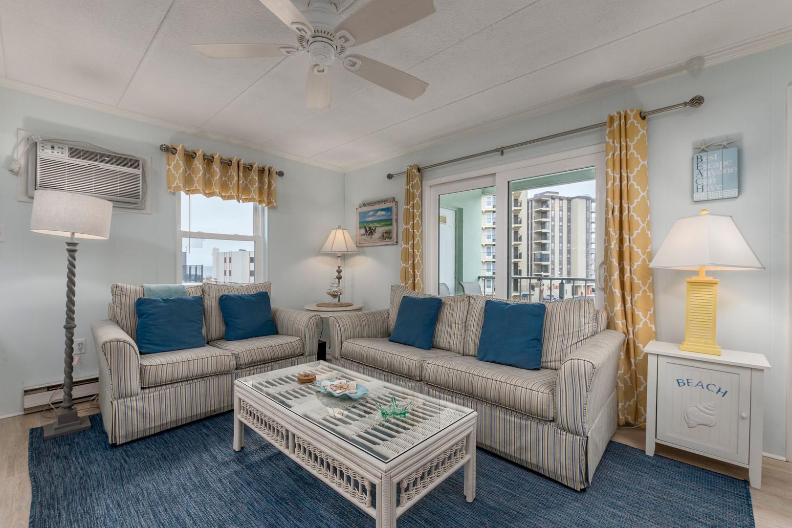 Oceanside 136 6 - Living Room