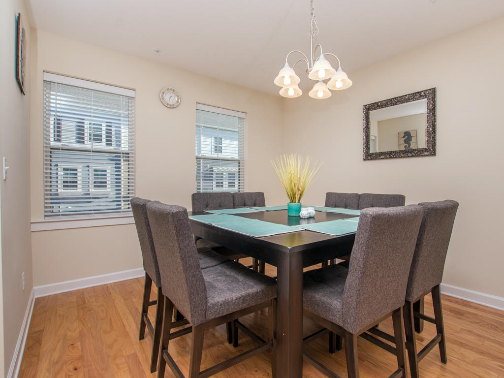 Broad Marsh, 114E - Dining Area
