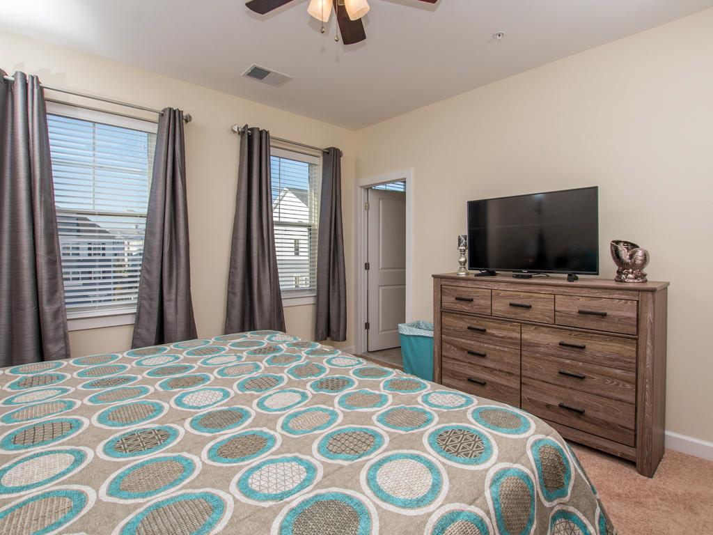 Broad Marsh, 114E - Master Bedroom (King Bed)