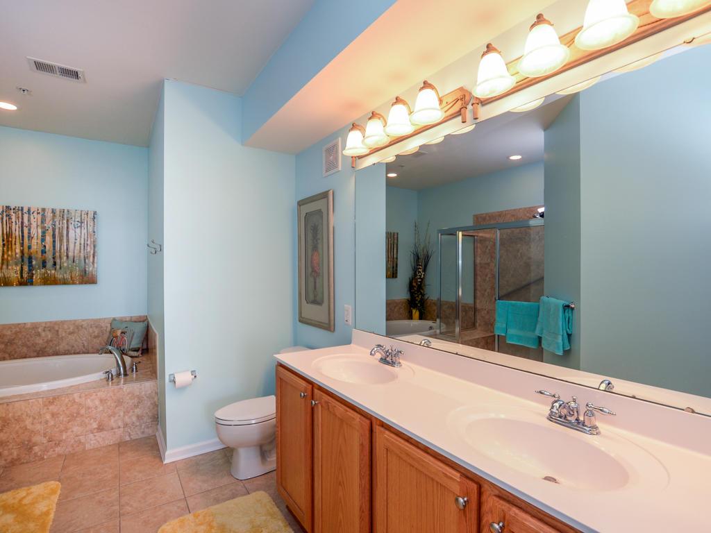 Sunset Island, 4 Fountain Drive East, 4B - Master Bathroom