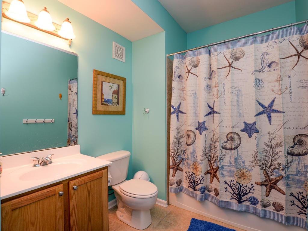 Sunset Island, 4 Fountain Drive East, 4B - Second Bathroom