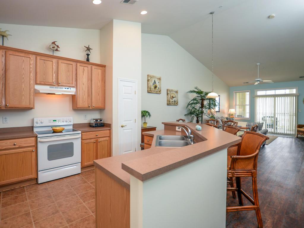 Sunset Island,  4 Fountain Drive East, 4B - Kitchen Area