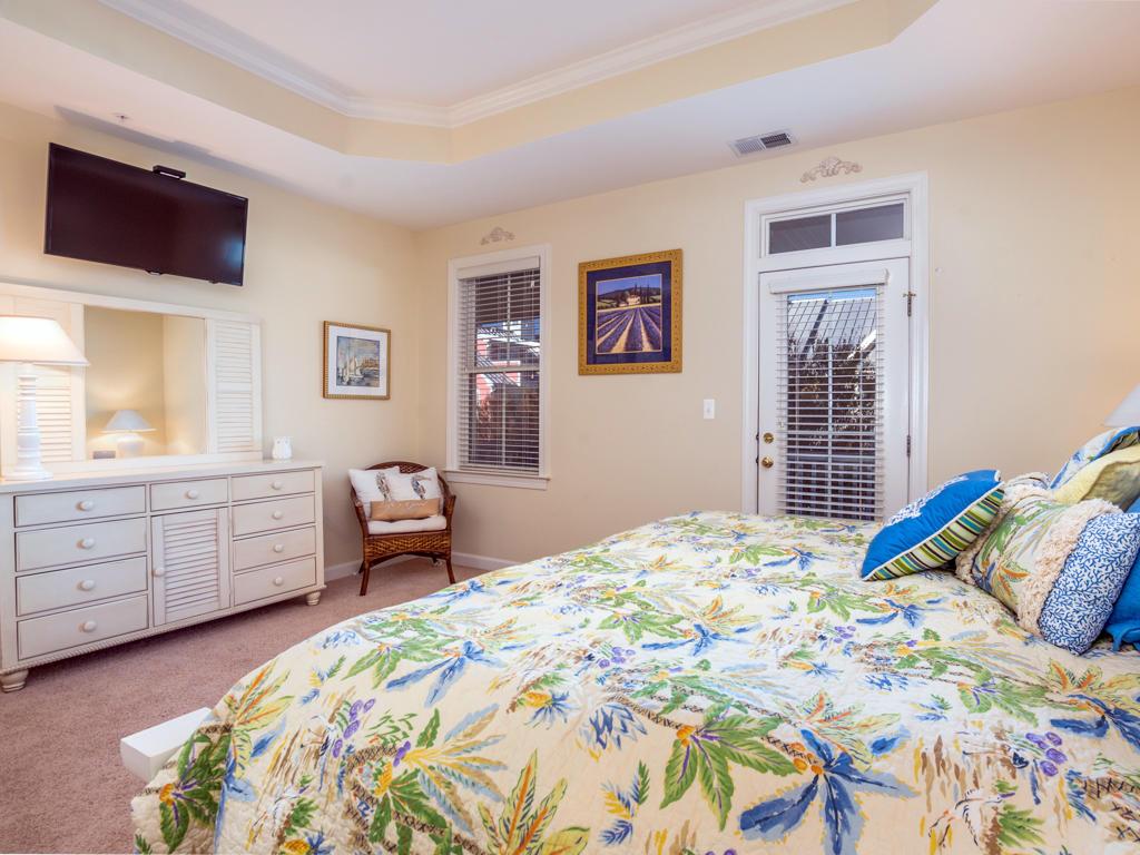 Sunset Island, 53 Island Edge Drive - Master Bedroom