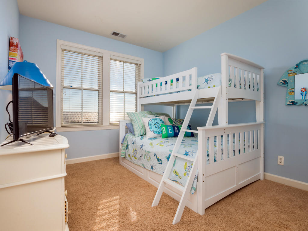 Sunset Island, 53 Island Edge Drive - Third Bedroom