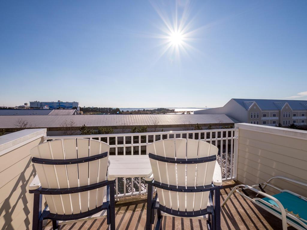 Sunset Island, 53 Island Edge Drive - Top Floor Balcony