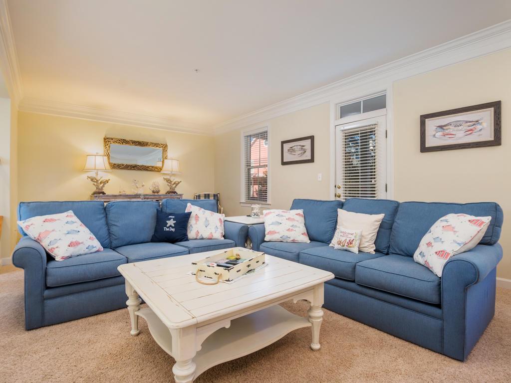 Sunset Island, 53 Island Edge Drive - Living Room