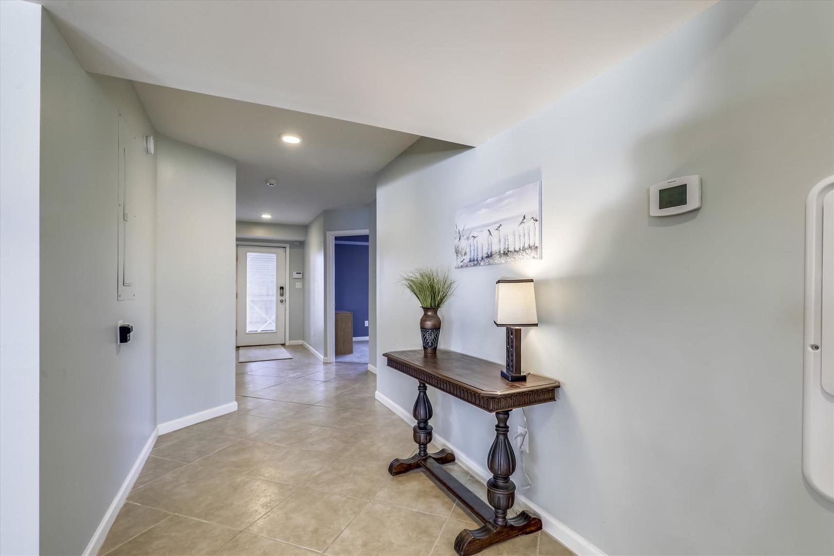 12938 Sunset Ave. - Lower Level Foyer