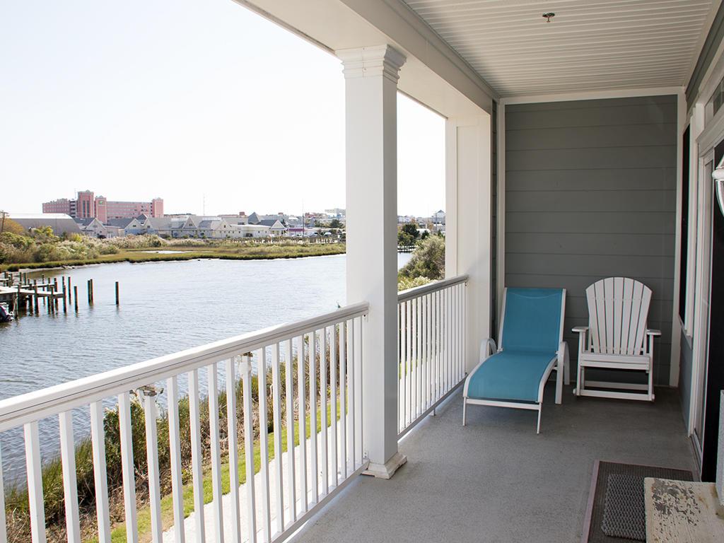 Sunset Island, 2 Hidden Cove Way, 2D - Balcony Area