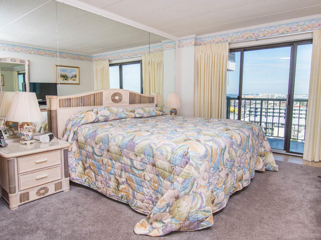 Summer Beach, 806 - Master Bedroom