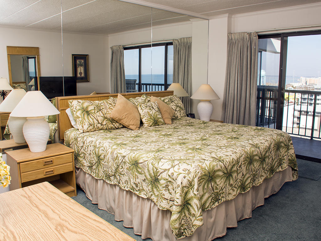Summer Beach, 805 - Master Bedroom