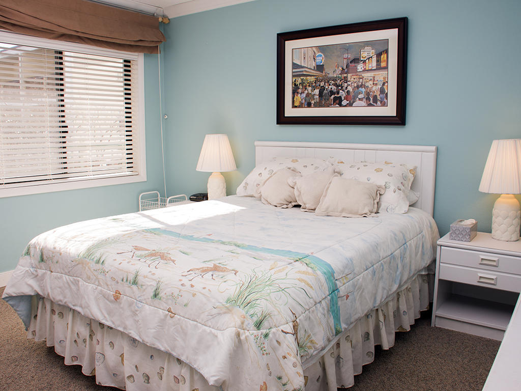 Summer Beach, 104 - Second Bedroom