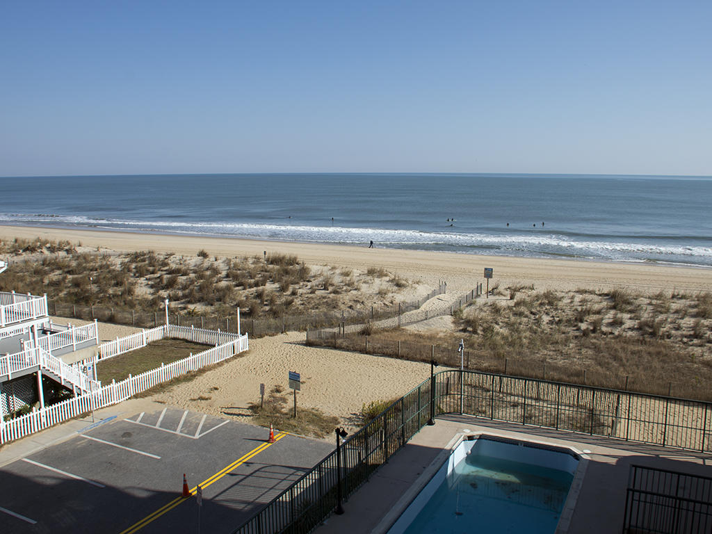 Summer Beach, 405 - Balcony View