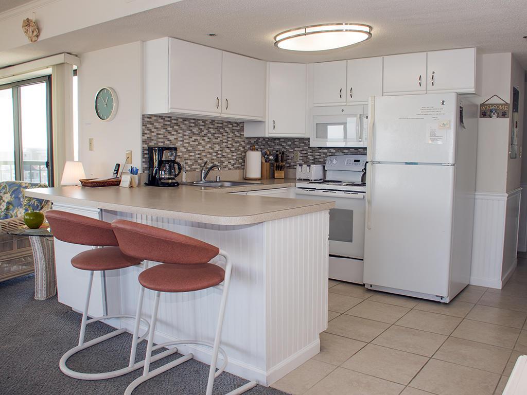Summer Beach, 601 - Kitchen Area