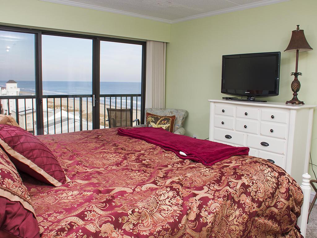 Summer Beach, 807 - Master Bedroom