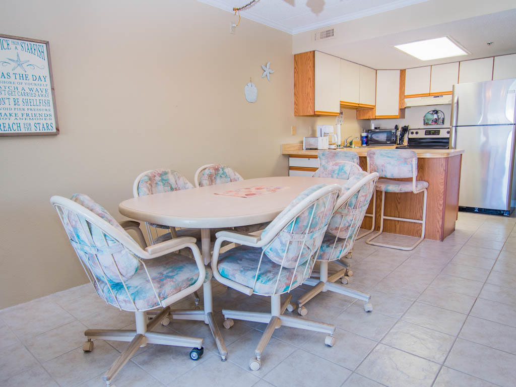 Summer Beach, 305 - Dining Area