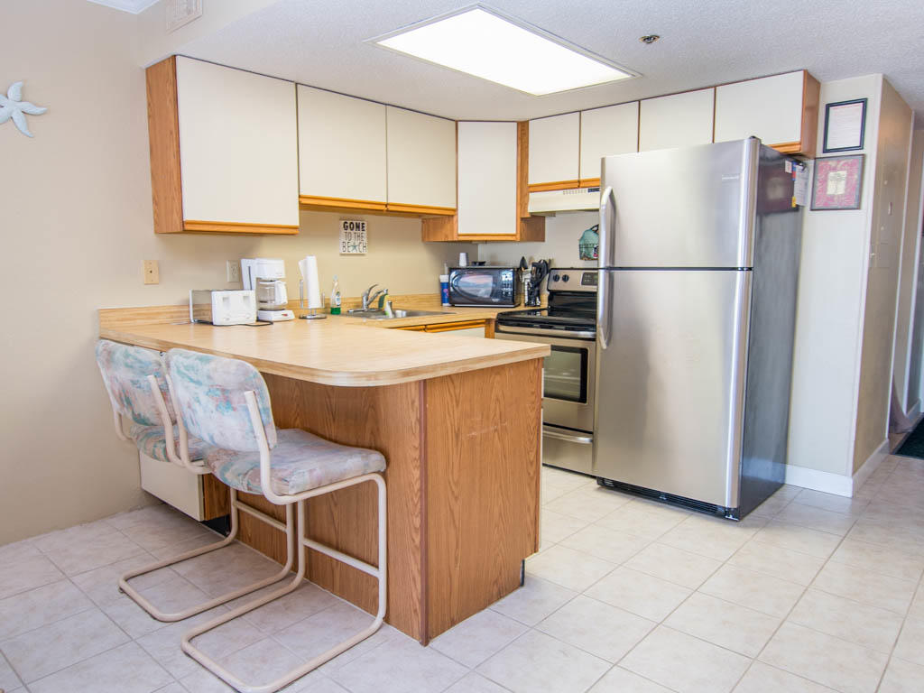 Summer Beach, 305 - Kitchen Area