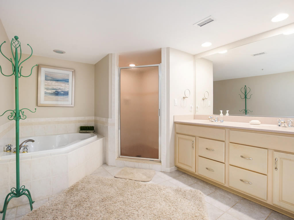 Bathroom 1, View 1