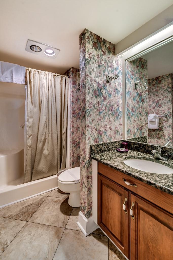 Ocean Creek, D5 - Third Bathroom