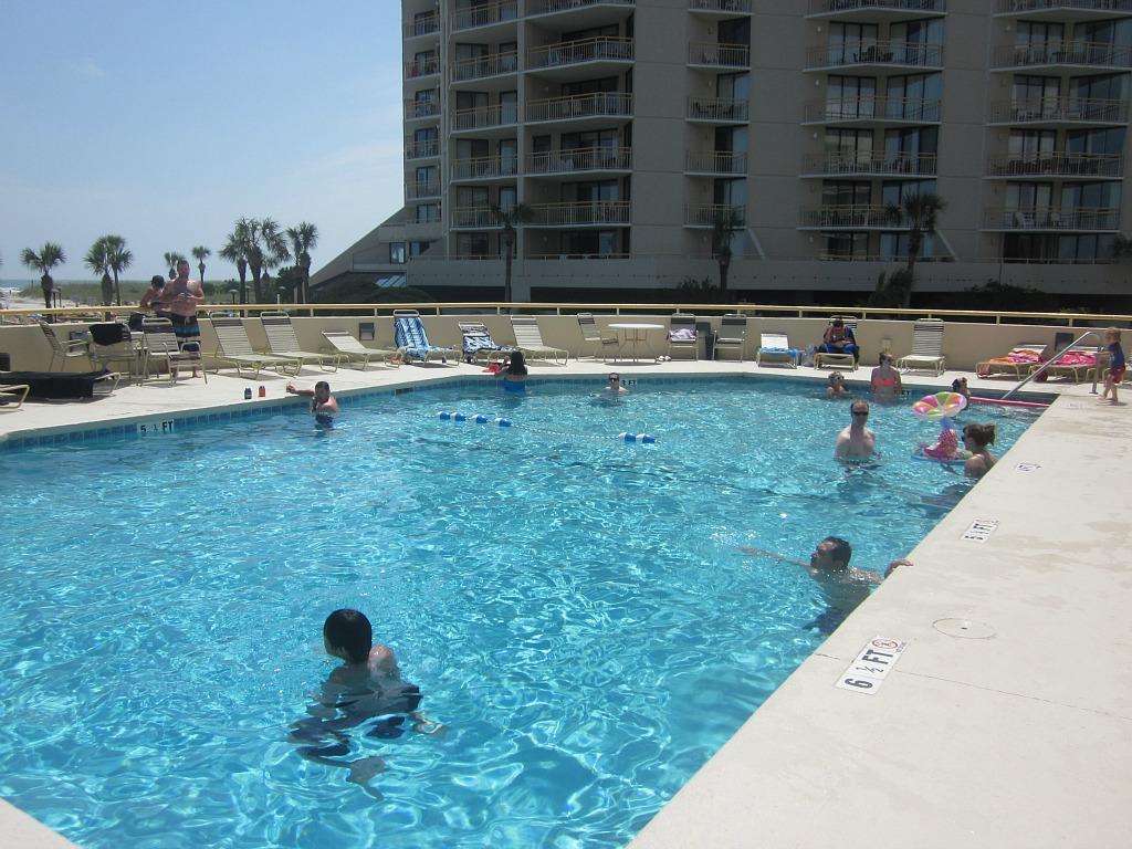Ocean Creek - Outdoor North Tower Pool