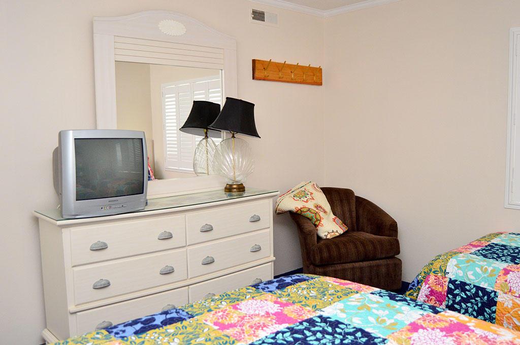 Summer Beach 204- 2nd Bedroom