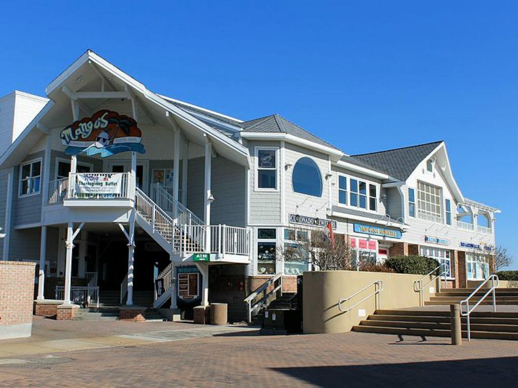 Short Drive from Downtown Bethany Beach, DE
