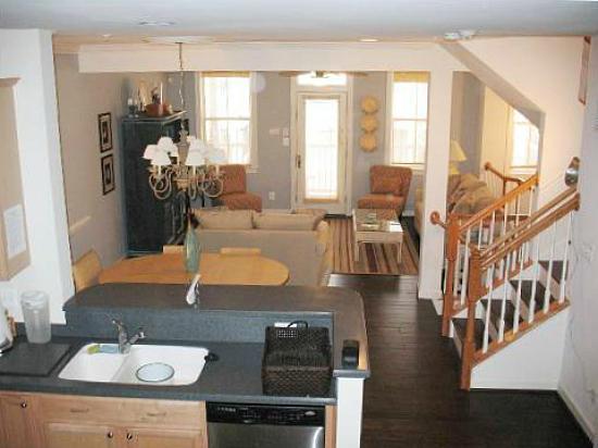 Sunset Island, 43 Canal Walk Lane - Living Room