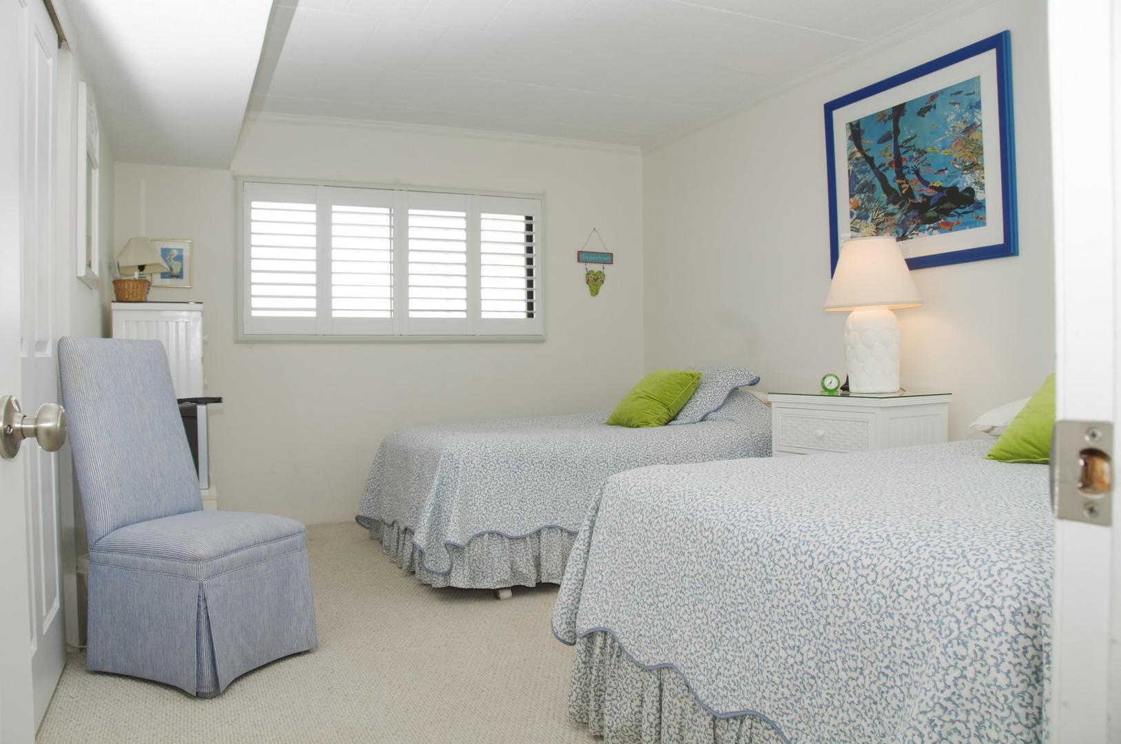Ocean Hideaway 104 - Bedroom 1