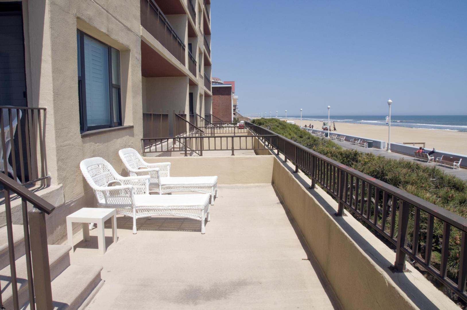 Ocean Hideaway 104 - Balcony