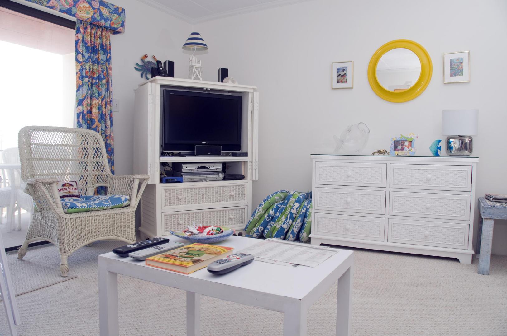 Ocean Hideaway 104 - Living Room