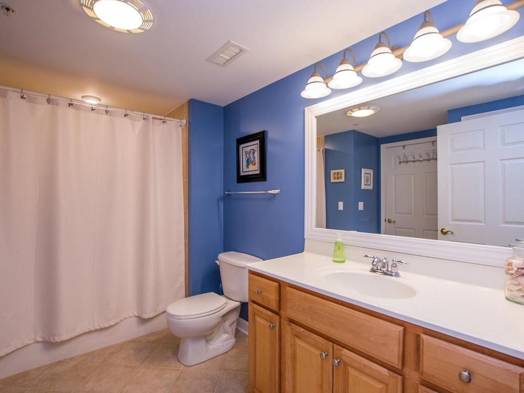 Bahia Vista, I 408 - Second Bathroom