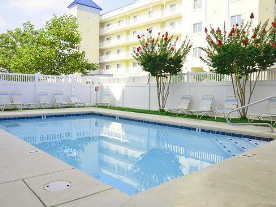 Bahia Vista I 408 Pool