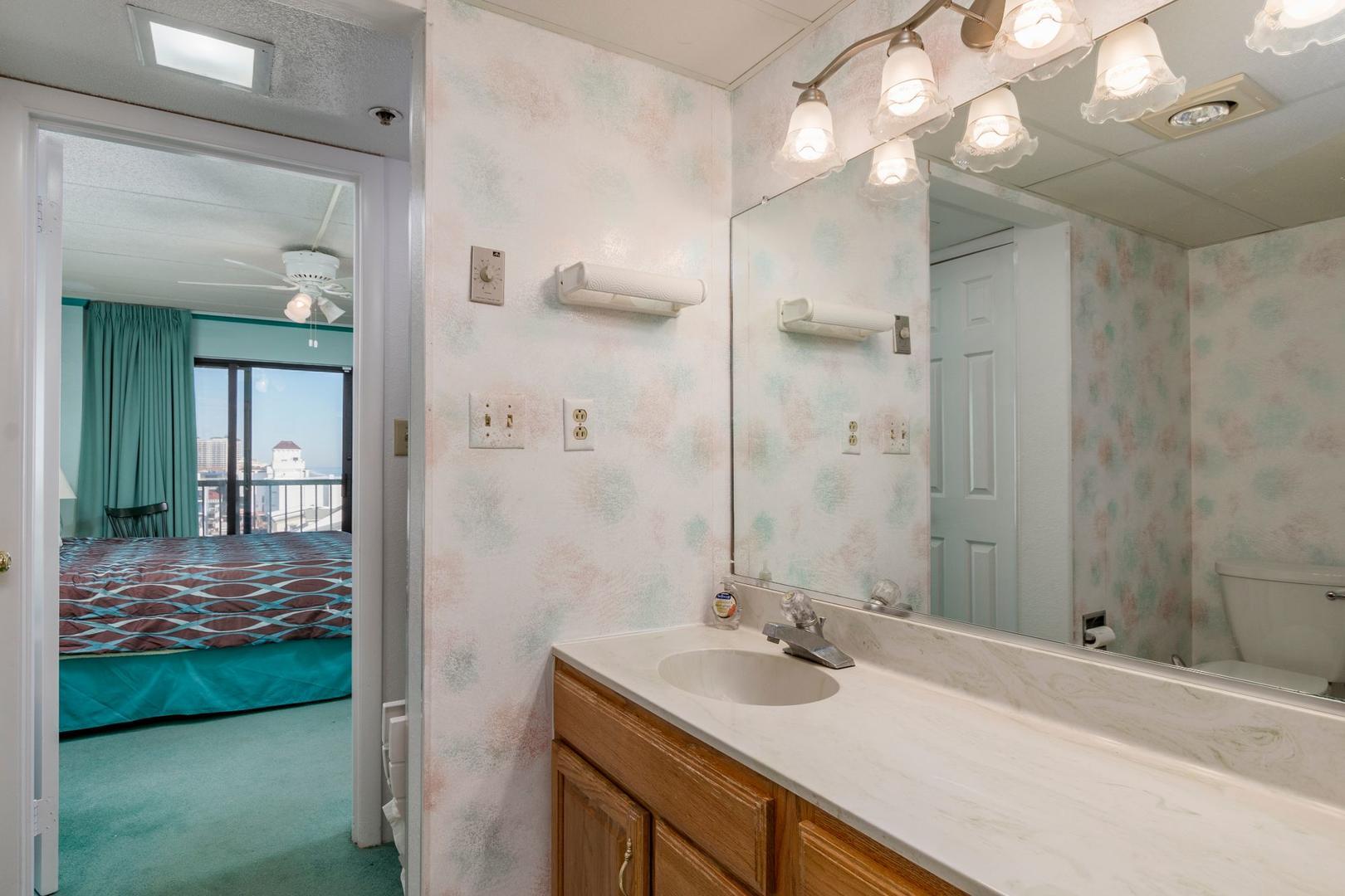 Summer Beach 605 - Bathroom 1