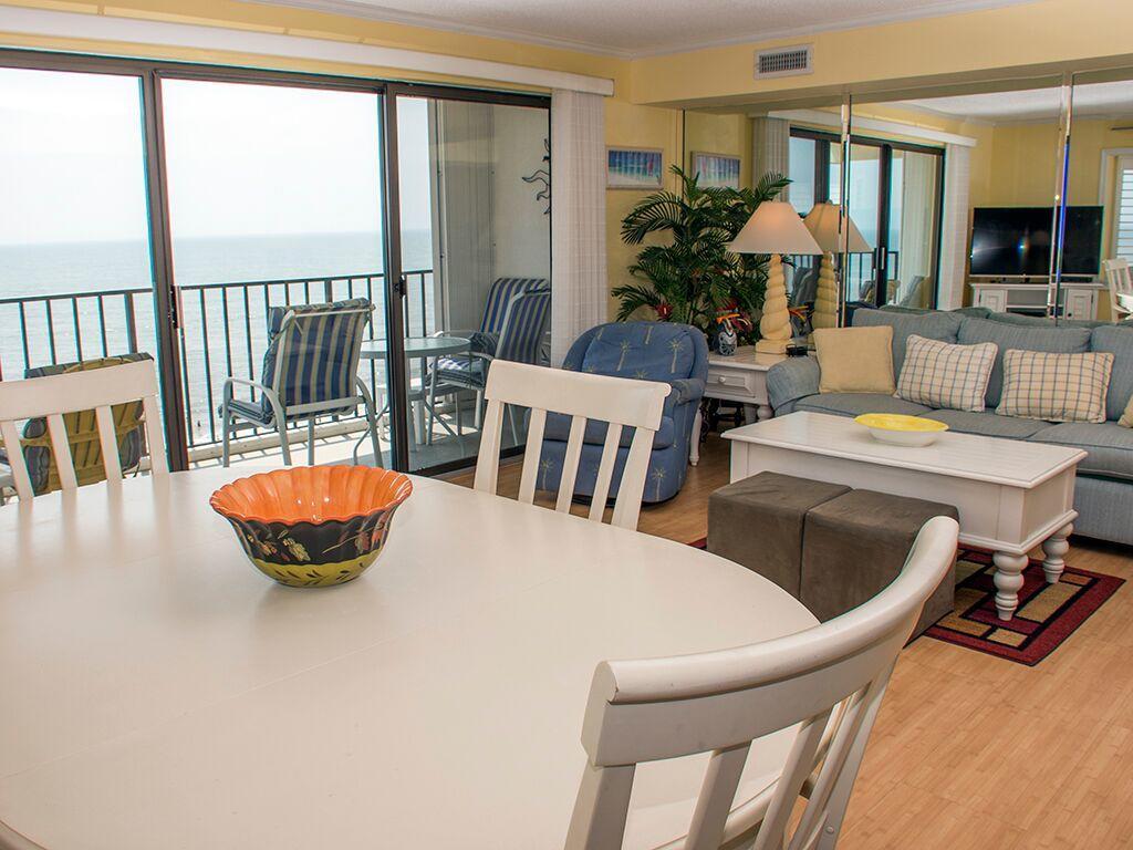 Golden Surf, 701 - Dining & Living Room