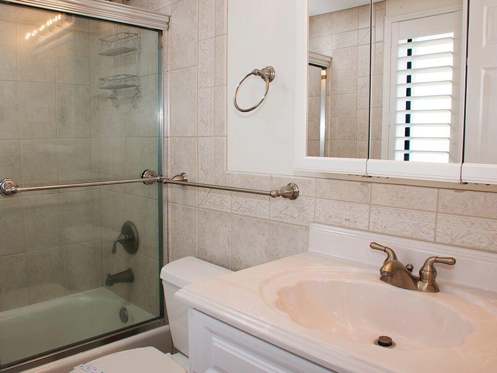 Golden Surf, 701 - Master Bathroom