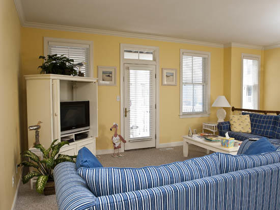 Sunset Island, 38 Sunset Island Drive - Living Room