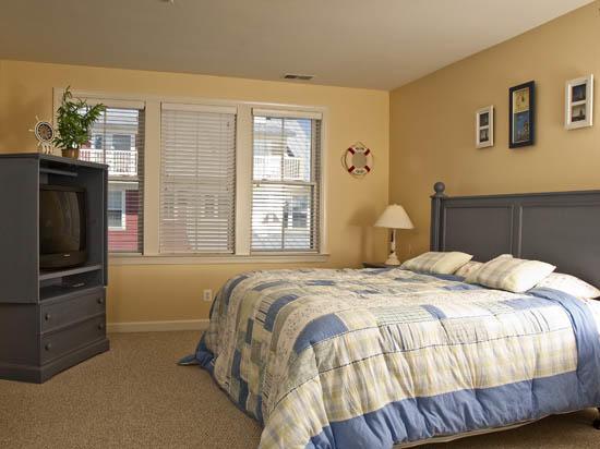Sunset Island, 38 Sunset Island Drive - Master Bedroom