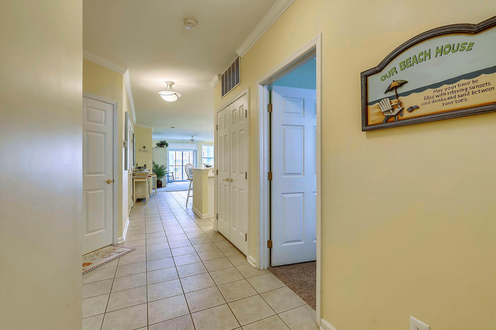 Hallway of 37 Fountain Dr. W 3C in Sunset Island