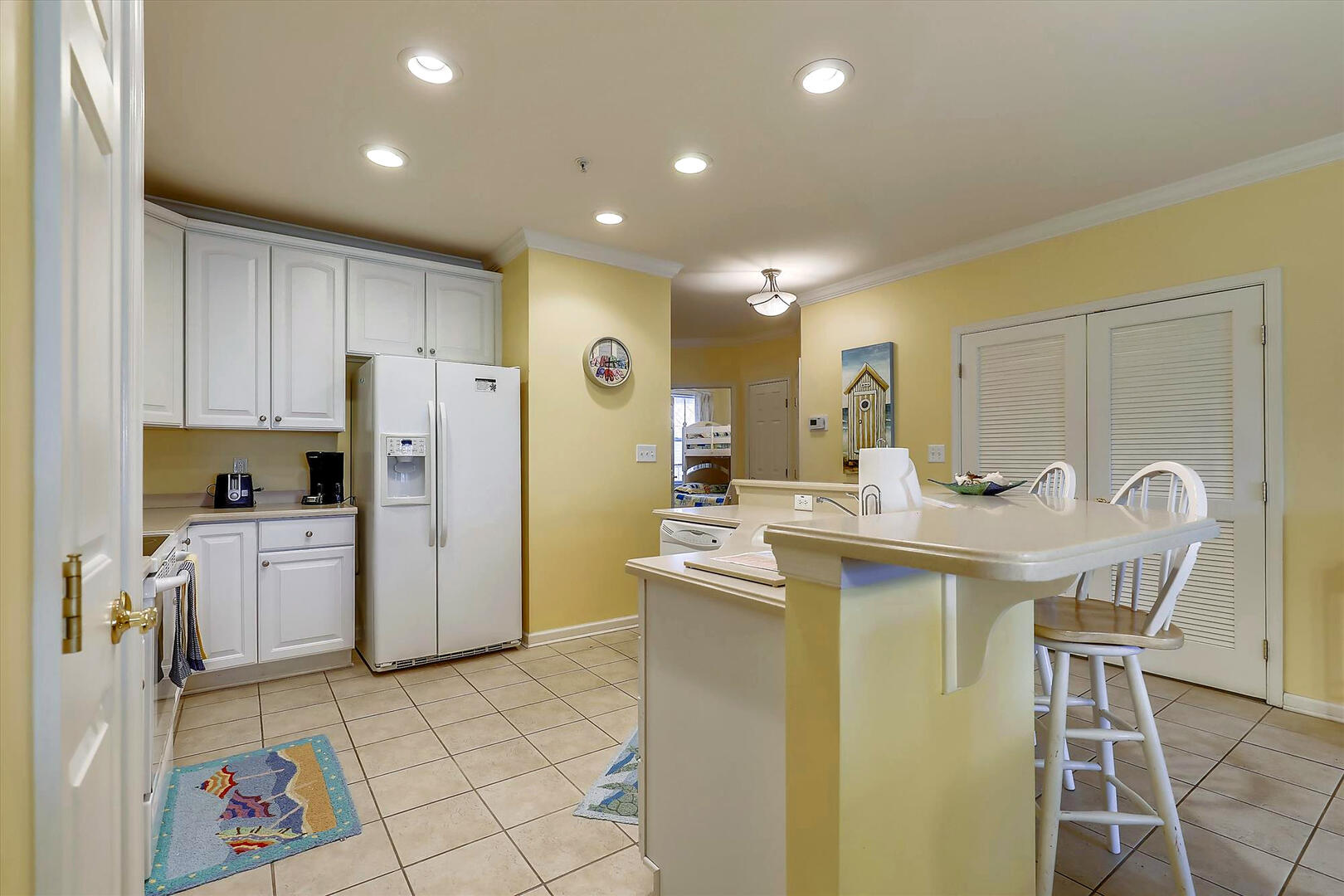 Kitchen of 37 Fountain Dr. W 3C in Sunset Island