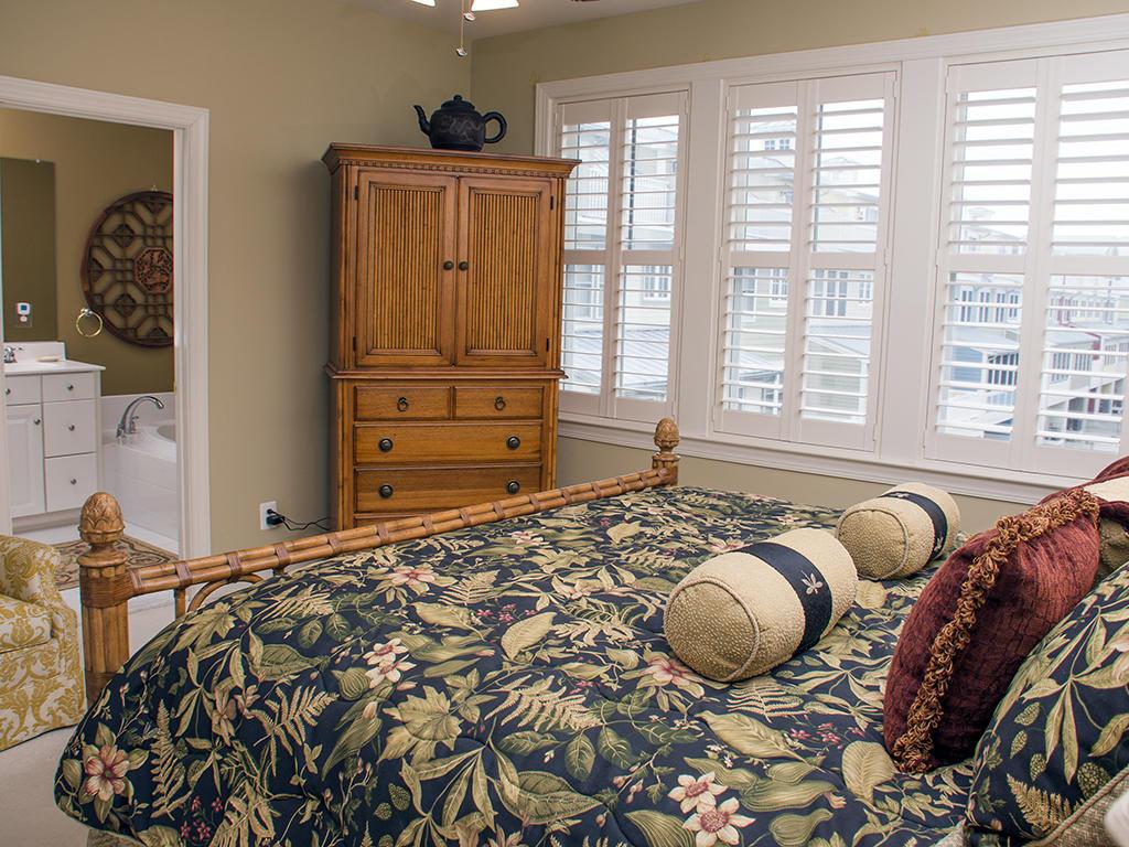 Sunset Island, 6 Beach Side Drive - Master Bedroom
