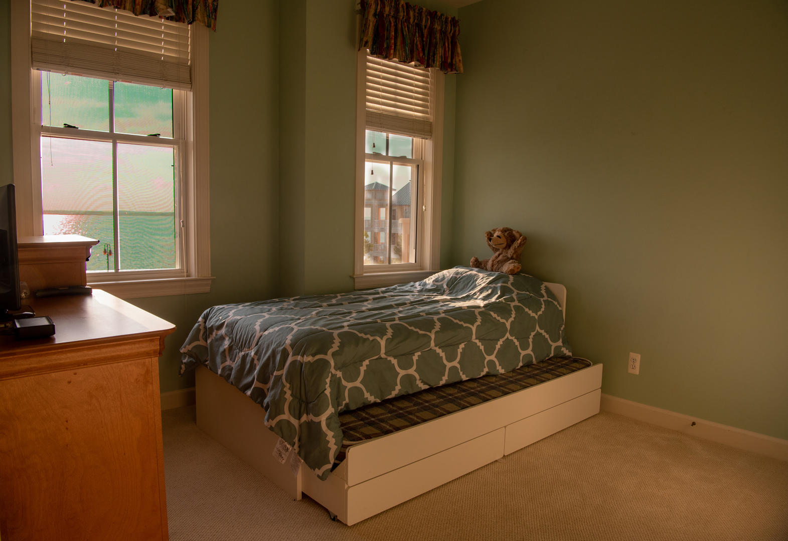 Sunset Island, 6 Beach Side Dr. - Twin Bed with Trundle
