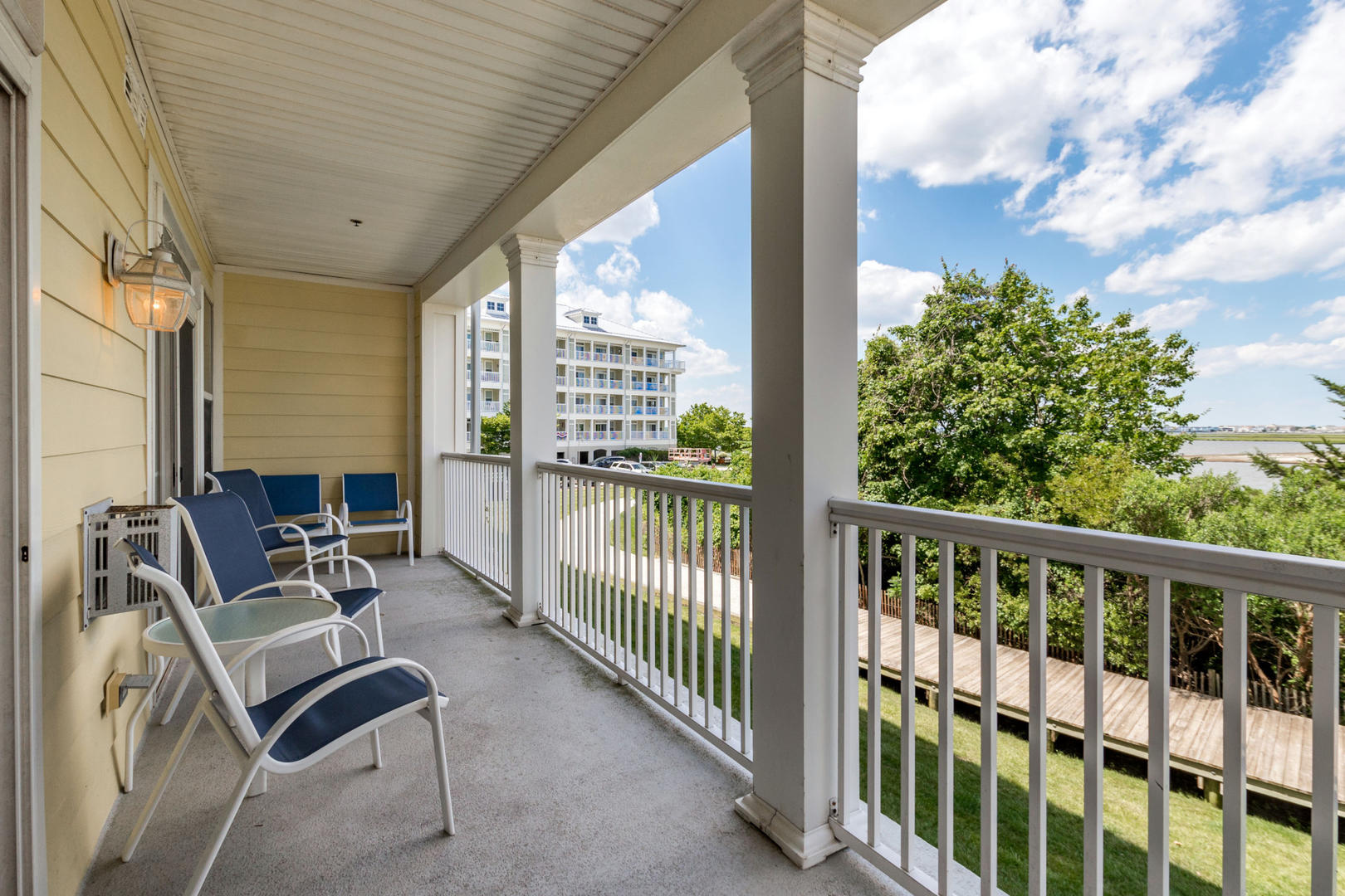Sunset Island 6 HCW 2E - Balcony