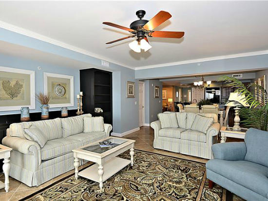 Oceans Pointe, 501 - Living Room
