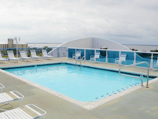 Sunset Pointe 203 - Pool