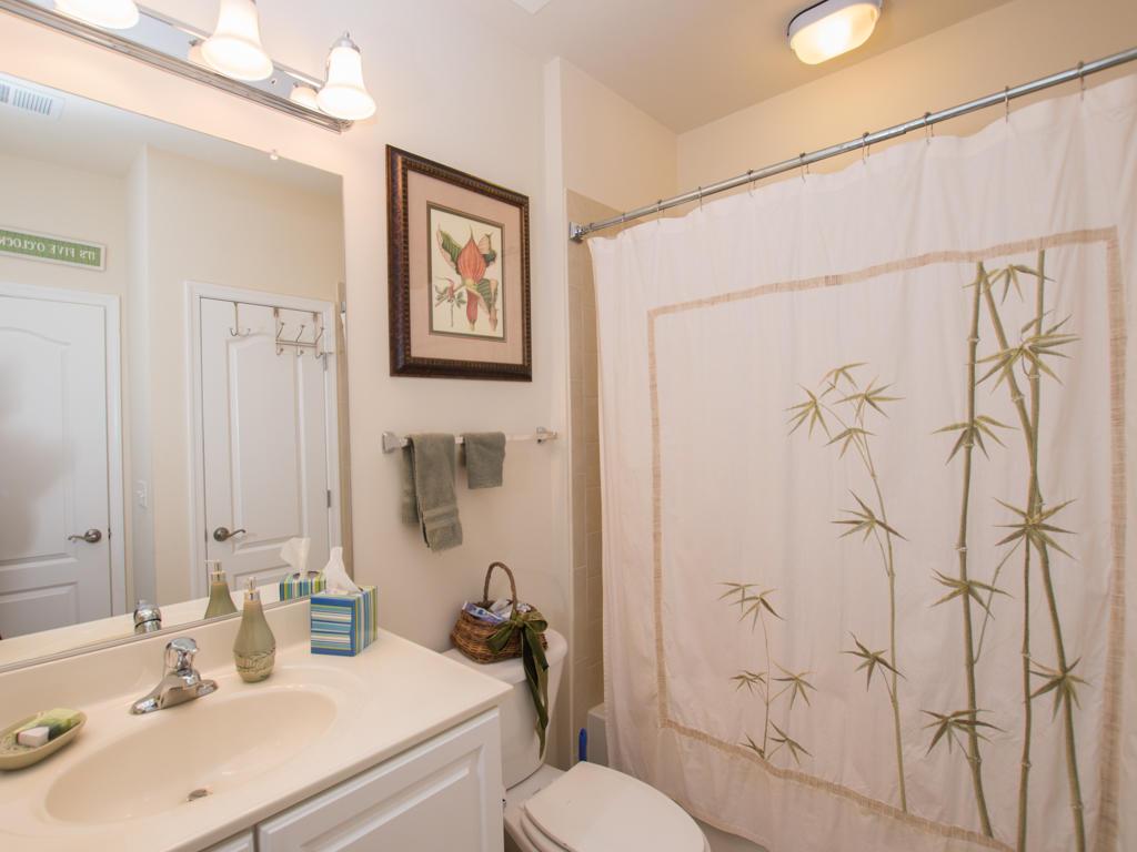 Glen Riddle, 304 -Second Bathroom