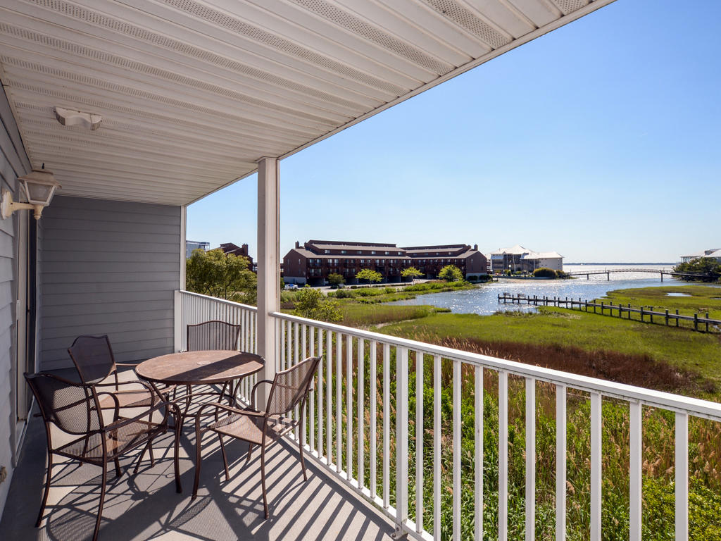 Oasis on the Bay, 103 - Balcony