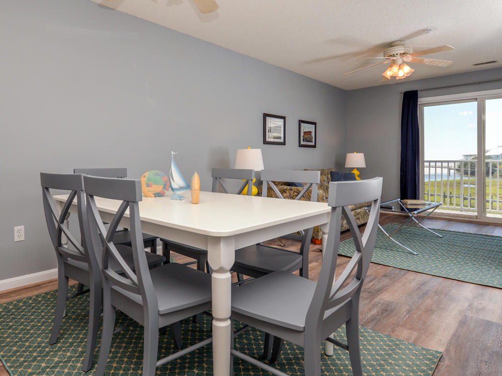 Oasis on the Bay, 103 - Dining Area